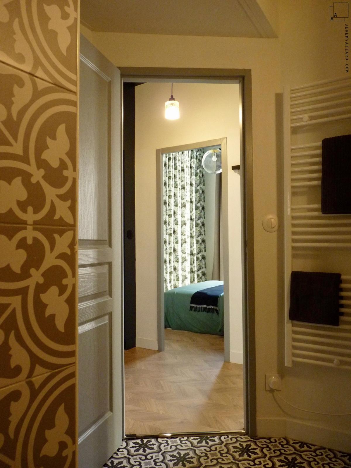 Création de deux appartements « angle deux vies » : appartement-marseillais-carreaux-ciment-volutes-min