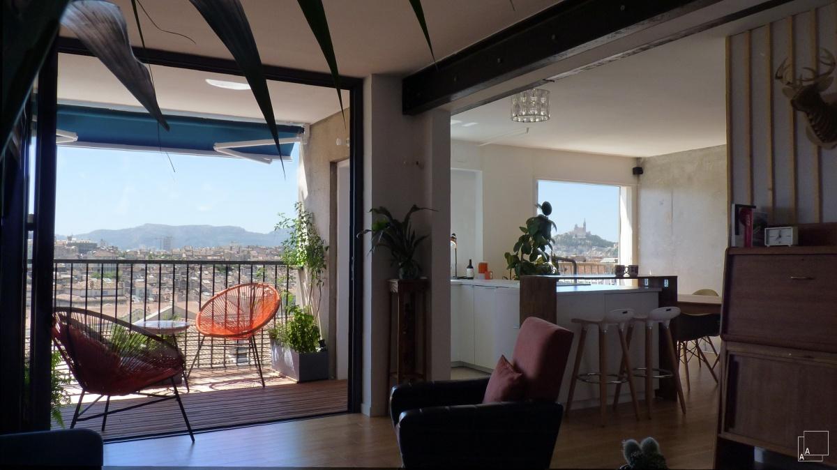 Transformation d'un appartement « la belle vue » : renovation-appartement-immeuble-70-vueimprenable-marseille-terrasse-jeremy-azzaro-architecte-marseille-min-min