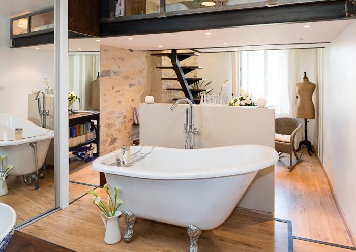 Suite parentale style industriel moderne dans immeuble for Mini suite parentale