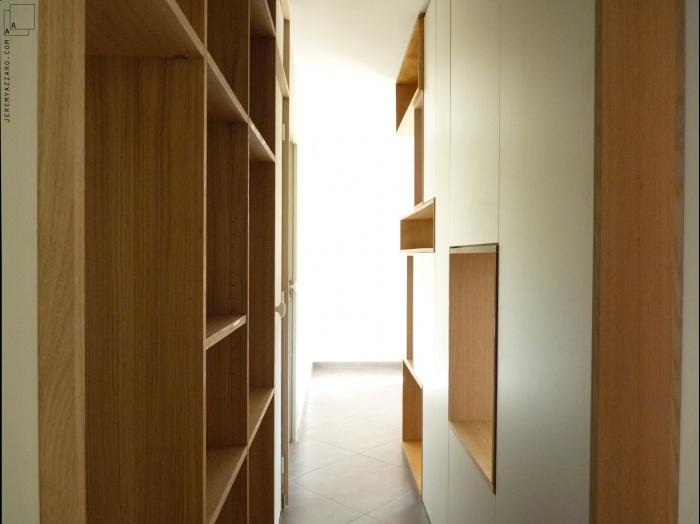 Aménagement Intérieur d'une villa  avec création de mobilier : amenagement-mobilier-passage-design-bois-vestiaire-jeremy-azzaro-architecte